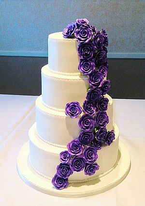 pictures of purple and green wedding cakes pictures of wedding cakes with purple flowers cake recipe 18419