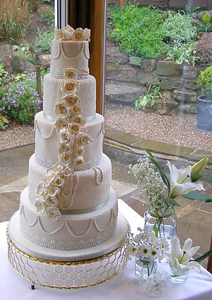 Stunning 5 tier wedding cake