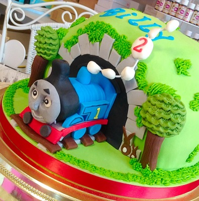 Thomas The Tank Engine Boys Birthday Cake